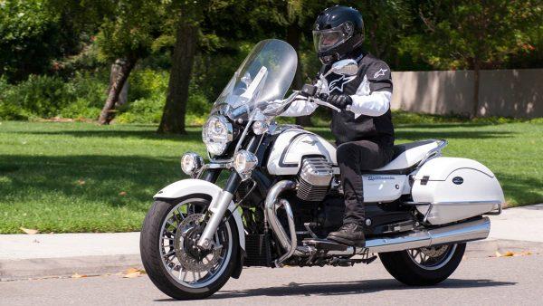Moto-Guzzi California 1400 SE